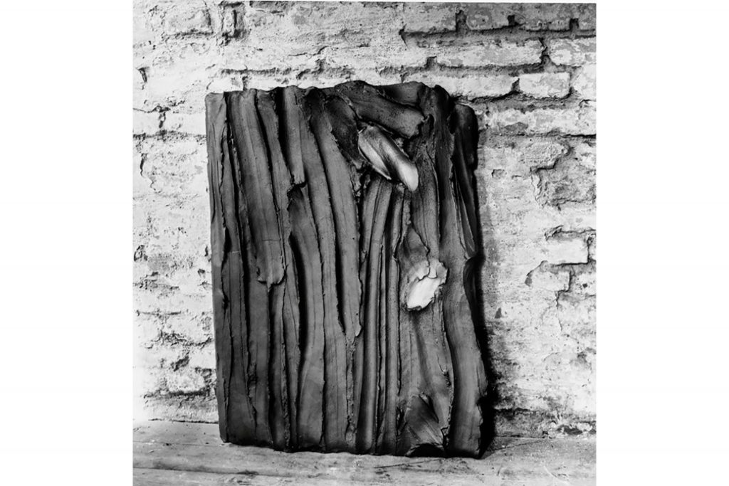 "ANTONIO VIOLETTA ""Koelner Seite"" - 1985 - pottery and graphite 100x70 cm"