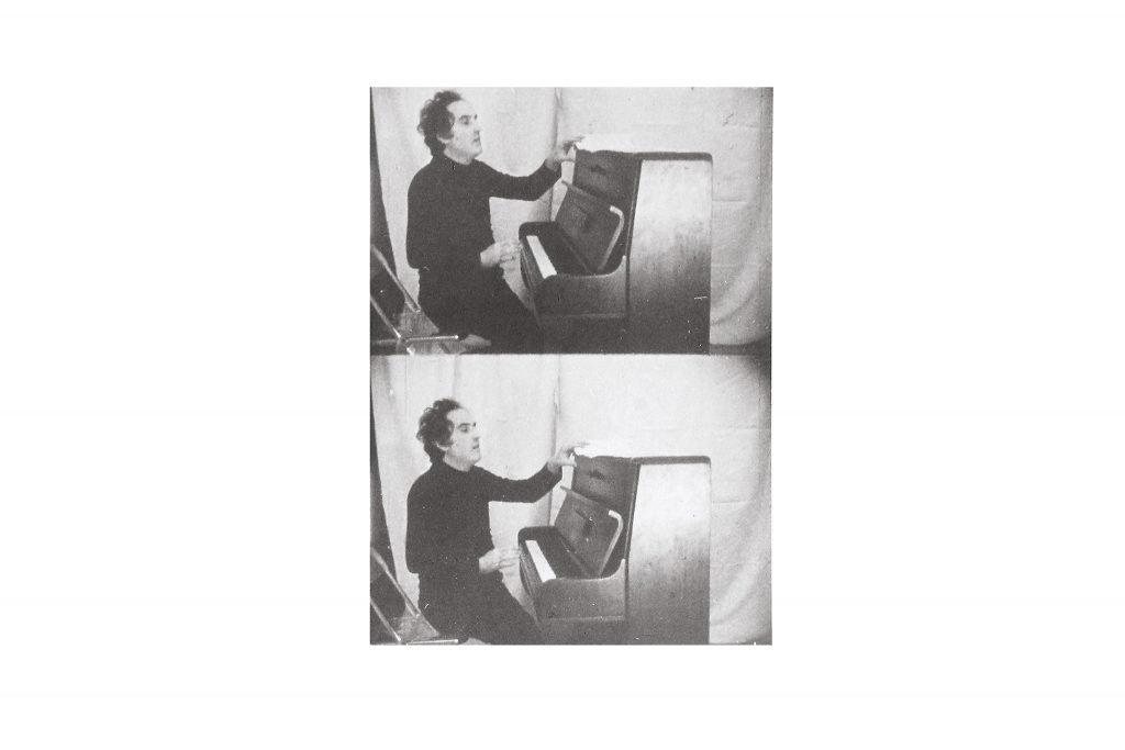 "GIUSEPPE CHIARI ""Gesti sul piano"" - 1978 - foto in b/n 24X18 cm"