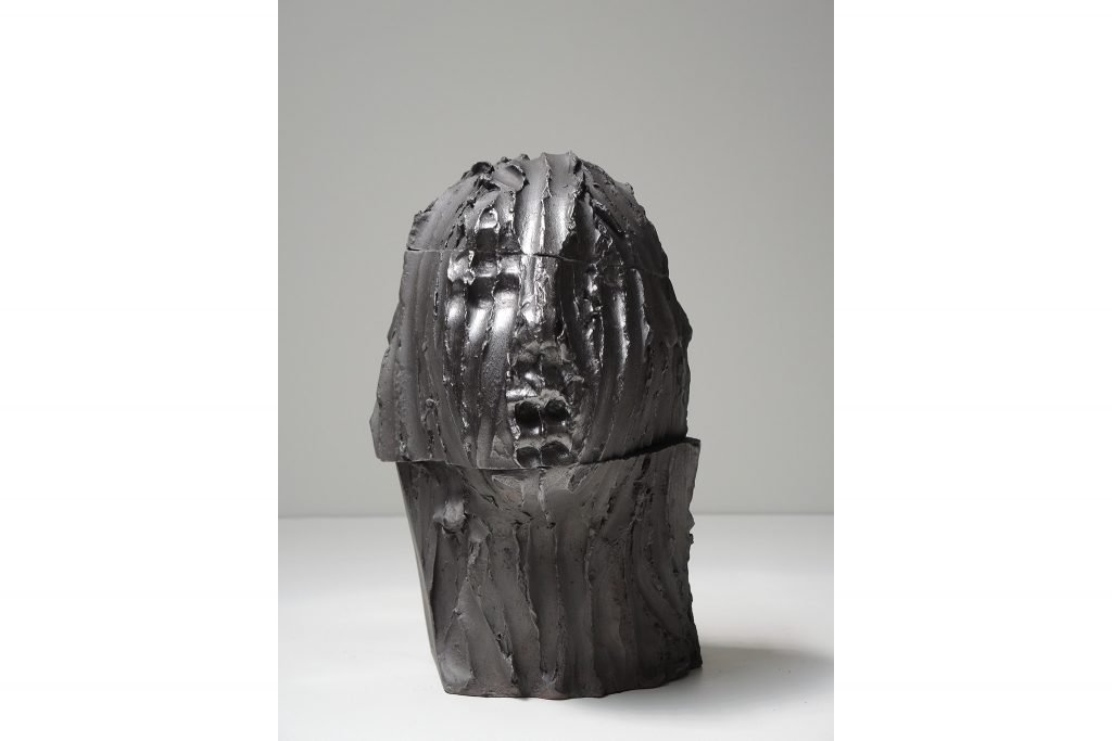 "ANTONIO VIOLETTA ""Egizia"" - 2015 - pottery and graphite h 32 cm"