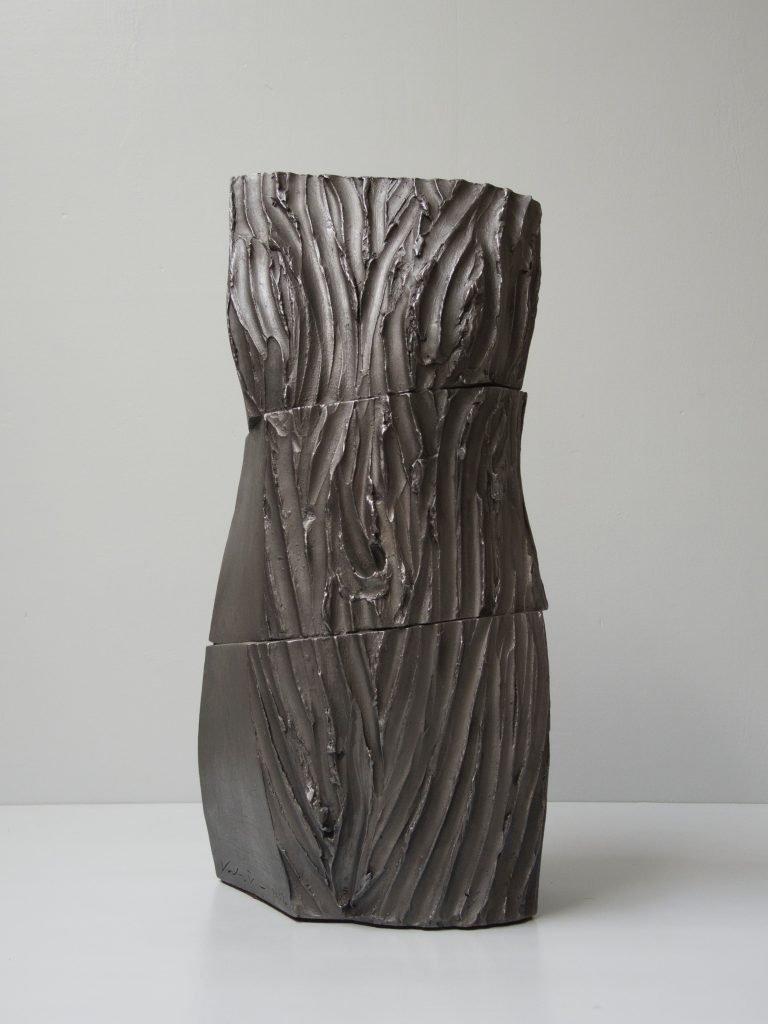 """ANTONIO VIOLETTA """"Torso"""" -2013 - terracotta e grafite h cm 70"""