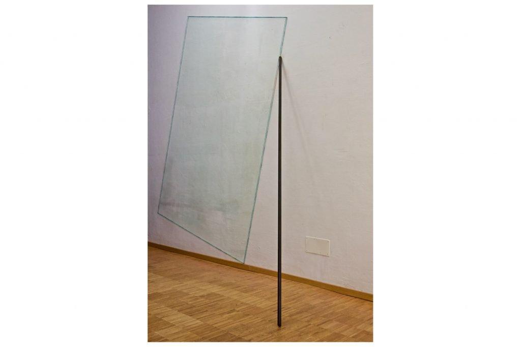 """PIETRO COLETTA """"Phanein"""" -1981- filo elastico ferro e acquerello 330x300x150 cm"""
