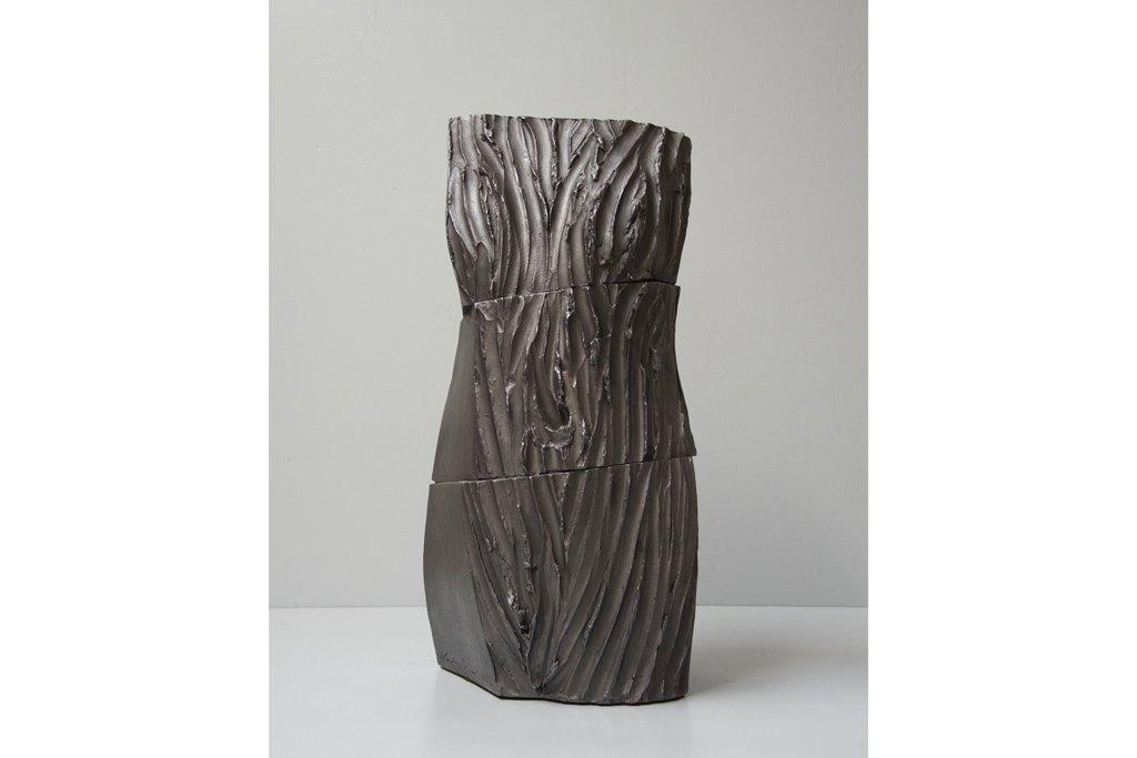 """ANTONIO VIOLETTA -""""Torso"""" -2013 - terracotta e grafite -h cm 70"""